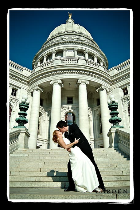 wedding couple photo at state capitol in madison wisconsin